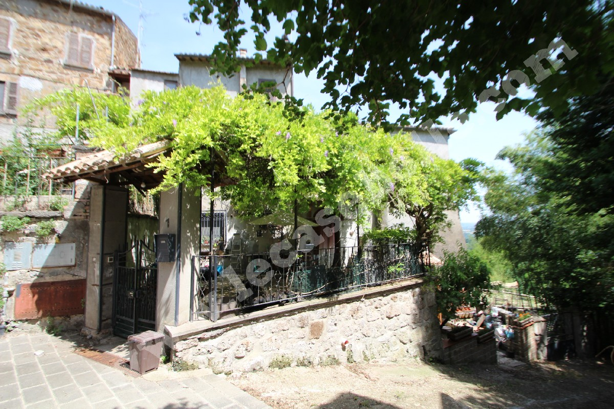 La Terrazza Di Celleno Casa Indipendente Con Taverna E
